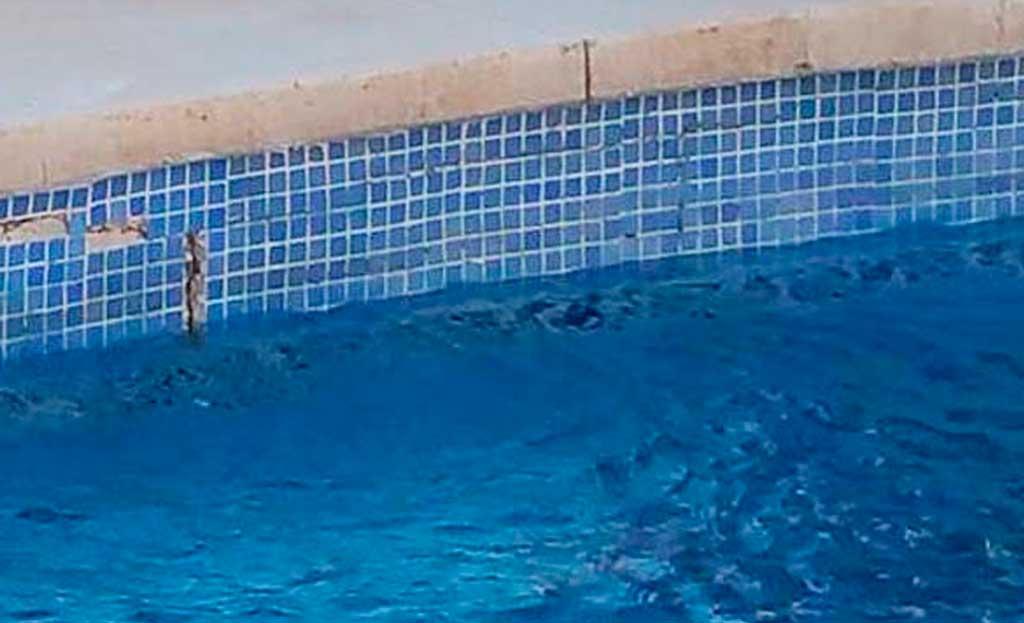 Pérdidas de agua en la piscina por fugas o filtraciones