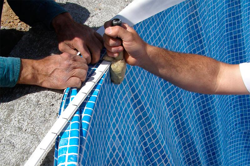 instalar revestimiento de liner en una piscina