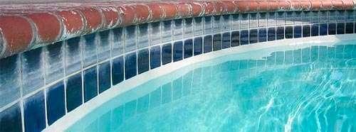 Cómo analizar el agua de la piscina 1